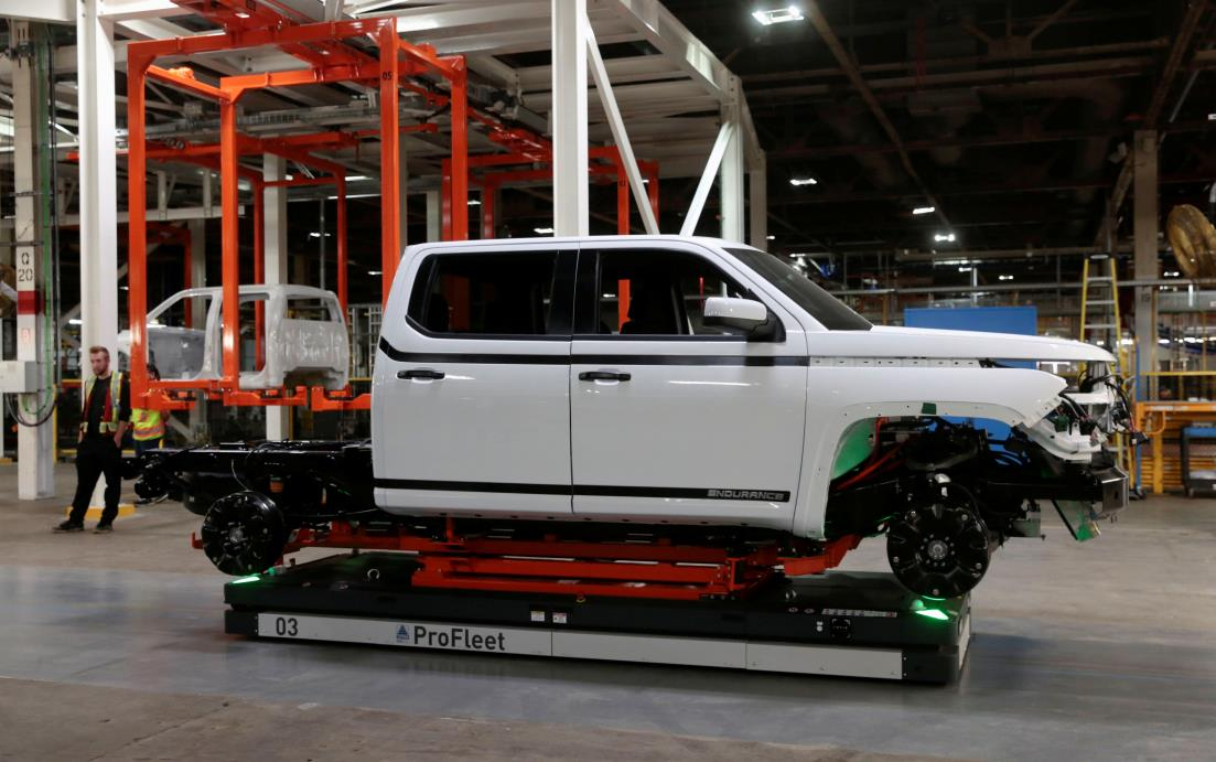 A Lordstown Motors pre-production all electric pickup truck, the Endurance, is seen after being merged with a chassis at the Lordstown Assembly Plant in Lordstown, Ohio, U.S., June 21, 2021.   REUTERS/Rebecca Cook